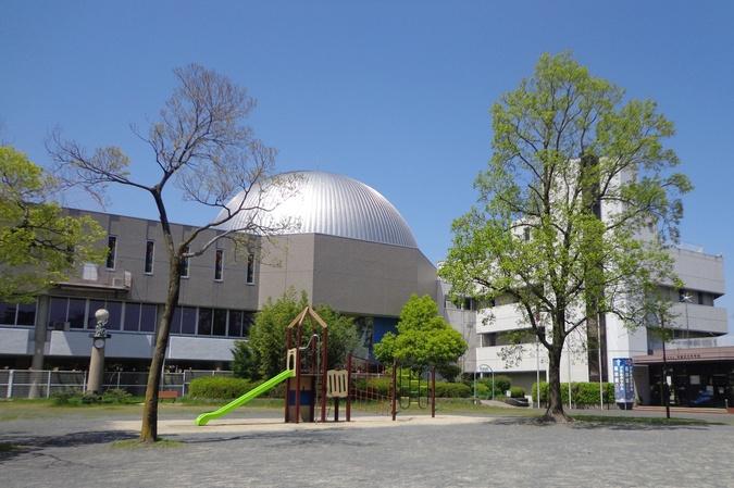 児童文化科学館外観
